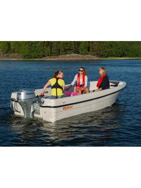 Лодка TERHI 445